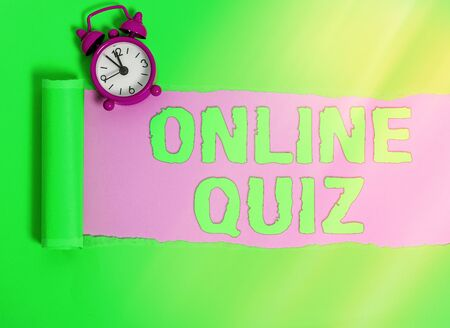 Handwriting text Online Quiz. Conceptual photo game or a mind sport that are published on the Internet