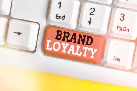 Text sign showing Brand Loyalty. Business photo showcasing positive feelings to a brand and purchase the same product Stockfoto