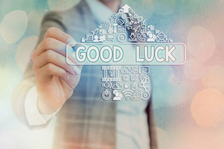 Writing note showing Good Luck. Business concept for expressing hope for someone to be successful with their circumstances Banque d'images