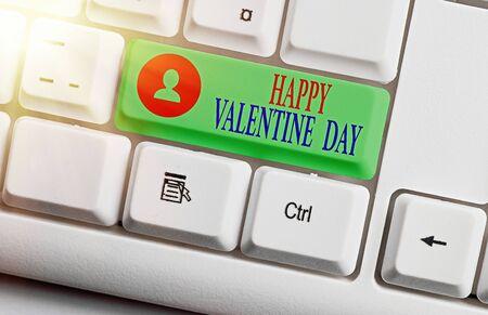 Escritura de texto Word feliz día de San Valentín. Foto de negocios que muestra un día especial para que los amantes se expresen su afecto