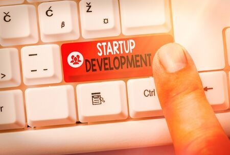 Text sign showing Startup Development. Business photo showcasing developing idea which signifying birth of the business Zdjęcie Seryjne
