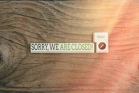 Text sign showing Sorry, We Are Closed. Business photo showcasing apologize for shutting off business for specific time Pc keyboard key with empty note paper above background copy space 版權商用圖片