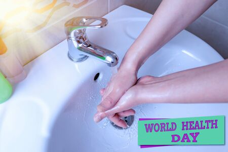 Word writing text World Health Day. Business photo showcasing global health awareness day celebrated every year on 7 April Handwashing procedures for decontamination and minimizing bacterial growth Stockfoto
