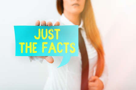 Writing note showing Just The Facts. Business concept for to have the correct information about the exact details Displaying different color mock up notes for emphasizing content Standard-Bild - 151362363