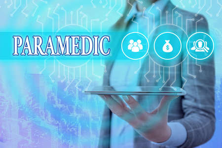 Writing note showing Paramedic. Business concept for a health worker having an expertise in emergency medical work System administrator control, gear configuration settings tools concept 版權商用圖片
