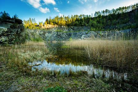 disused: Desuso Cantera de granito inundado en la Rep�blica Checa