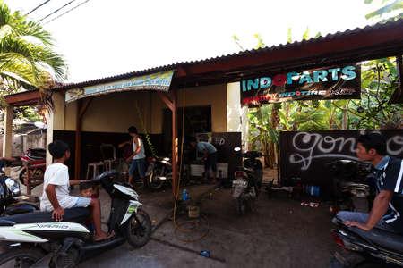 nusa: BALI, NUSA PENIDA ISLAND, INDONESIA - JULY 28, 2015: Toyapakeh motorbike service on July 27, 2015 in Nusa Penida, Indonesia
