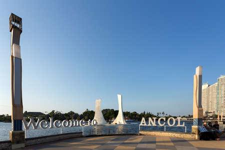 dreamland: JAKARTA - August 10: Modern art on Ancol Dreamland. Ancol Dreamland is an integral part of Ancol Bay City. August 10, 2015 in Jakarta, Indonesia.