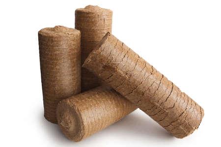 holzbriketts: Energieholzbriketts für den Kamin und Heizung