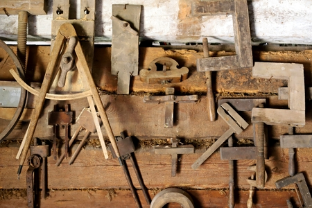 old carpentry tools, heble