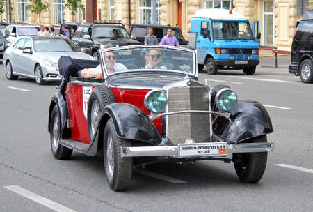 c a w: MOSCOW, RUSSIA - JUNE 2  German motor car Mercedes-Benz Type W 18 Typ 290 competes at the annual L U C  Chopard Classic Weekend Rally on June 2, 2013 in Moscow, Russia
