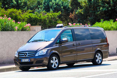 mercedes: SAINT-TROPEZ, FRANCE - AUGUST 3, 2014: Motor car Mercedes-Benz W639 Viano at the city street.