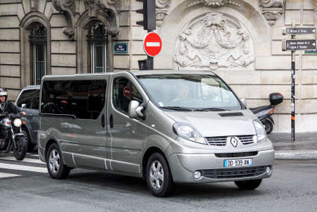 trafic: PARIS, FRANCE - AUGUST 8, 2014: Light commercial vehicle Renault Trafic in the city street. Editorial