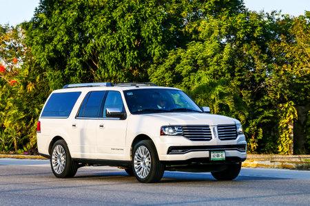 QUINTANA ROO, MEXICO - MAY 16, 2017: Motor car Lincoln Navigator at the interurban road.
