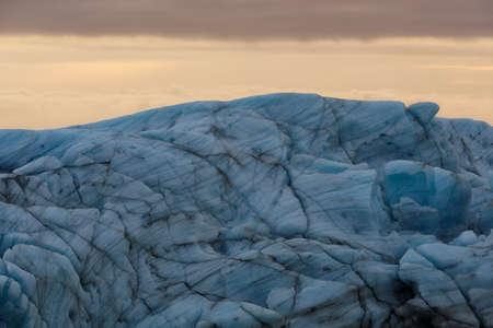 Sv?nafellsjökull, huge Vatnajökull glacier tongue in Iceland