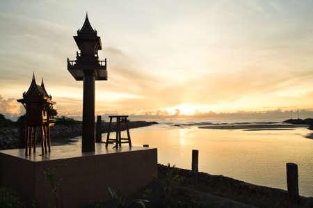 Maison esprit en Tha�lande, l'emplacement de la mer Banque d'images