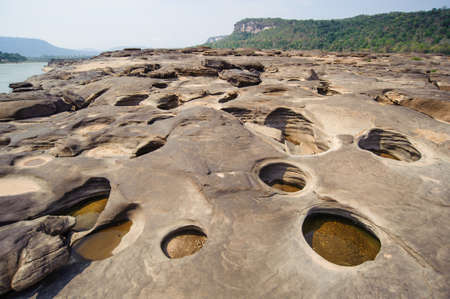 khong river: Grand Canyon of Thailand and has the biggest rock reef in the Mae Khong River, Ubon Ratchathani, Thailand.
