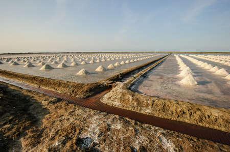 evaporacion: View of Salt evaporation ponds in gulf of Thai, Thailand