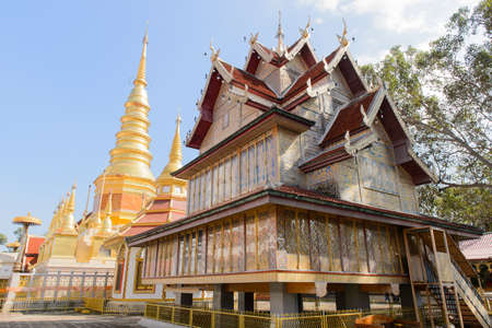 admirers: The largest temple Lanna-style and place of worship built in laterite by Karens living in the vicinity who were admirers of the highly revered Phra Kru Ba Chaiwongsa.