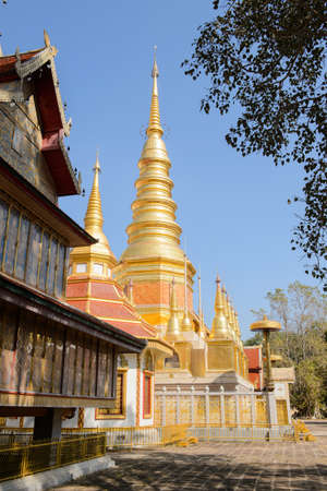 The largest temple Lanna-style and place of worship built in laterite by Karens living in the vicinity who were admirers of the highly revered Phra Kru Ba Chaiwongsa.