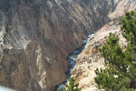 Yellowstone Grand Tetons Grand canyon