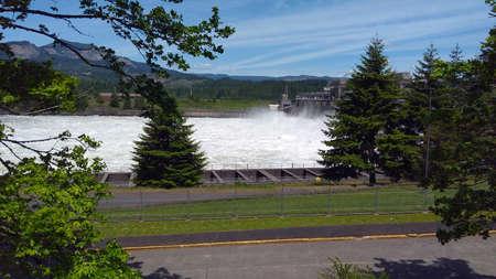 Vistas en watervallen in de kloof van Colombia, Portland, Oregon