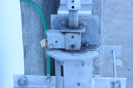 voltage gray: The tools used to install high voltage pylon gray strength