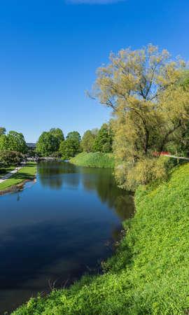タリンの中心部にある美しい公園 写真素材