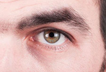 globo ocular: Primer plano de un hombre de ojos