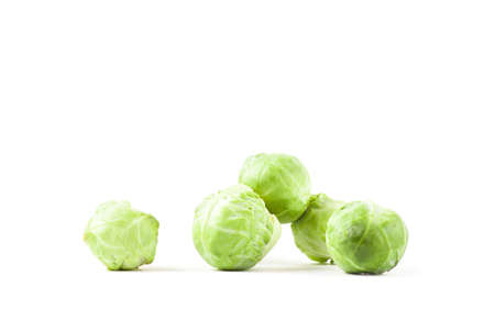brussels sprouts: Fresh ripe brussels sprouts isolated on white background