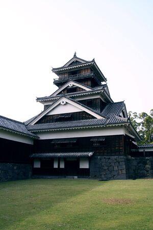 Japanese middle castle in Kumamoto Stock Photo - 828879