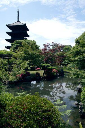 Toji Buddhist tower Stock Photo - 7154228