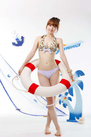 showgoon: Bikini for summer vacation
