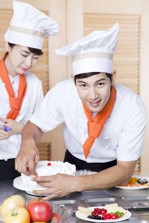 Chef patissier (life kitchen) Stock Photo - 10211367