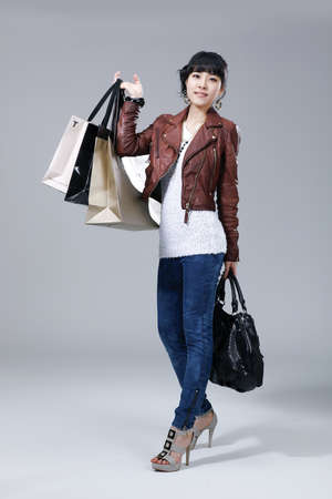 Womens lifestyle during the winter shopping season  LANG_EVOIMAGES