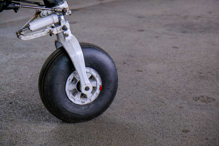Landing gear close up, light sport aicraft wheel, detailed side view Banque d'images - 124691154