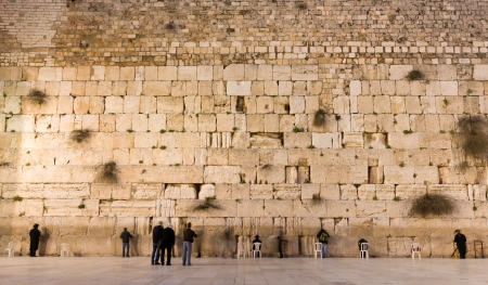 western wall: the Western Wall in the old city of jerusalem
