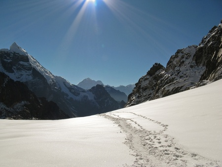 Footpaths in the snow in the Everest region - Nepal Himalaya photo