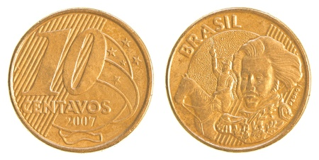 plundering: 10 Braziliaanse real centavos munt geïsoleerd op witte achtergrond