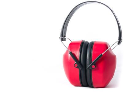 contaminacion acustica: orejeras rojas aisladas sobre fondo blanco Foto de archivo