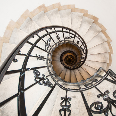 winding staircase at St. Istvan basilica, Budapest, Hungary 版權商用圖片