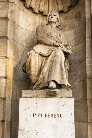 liszt: Franz Liszt statue at the Hungarian opera house, Budapest, Hungary