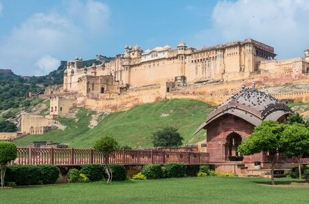amber fort: general view of spetacular Amber fort at mid day, Rajasthan - India