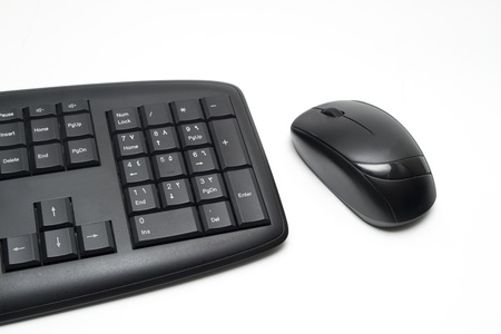 black keyboard and mouse photo