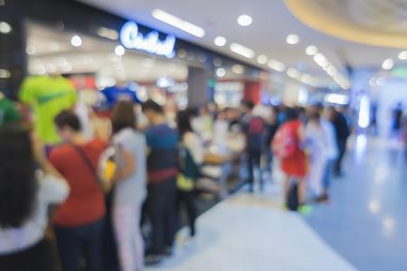 スーパー マーケットは、ボケ味、その他製品棚、ショッピング モールぼやけて背景と背景をぼかし