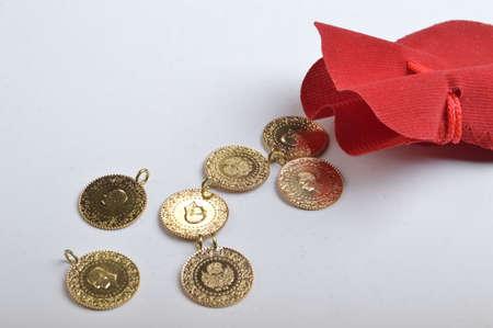 Golds and Pouch Zdjęcie Seryjne