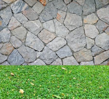 piso piedra: Fondo de ladrillo pared de piedra y hierba piso textura