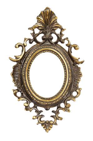 ornate gold frame: Ornamentado, muy viejo, oro plateado marco de imagen vac�o para colocar sus fotos in aisladas sobre fondo blanco. Foto de archivo