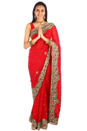 namaste: Ni�a india en la ropa tradicional.