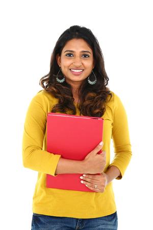 Portret van jonge Aziatische student, op een witte achtergrond.